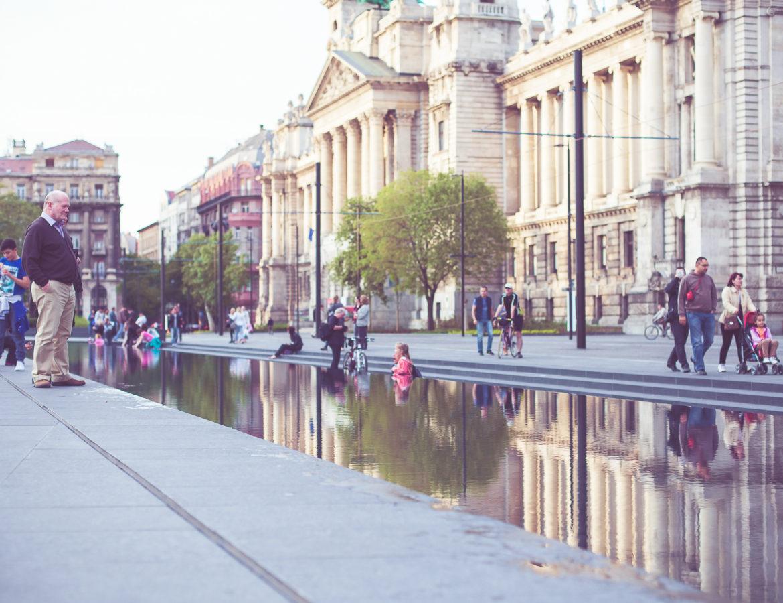 Man_Parliament_Budapest